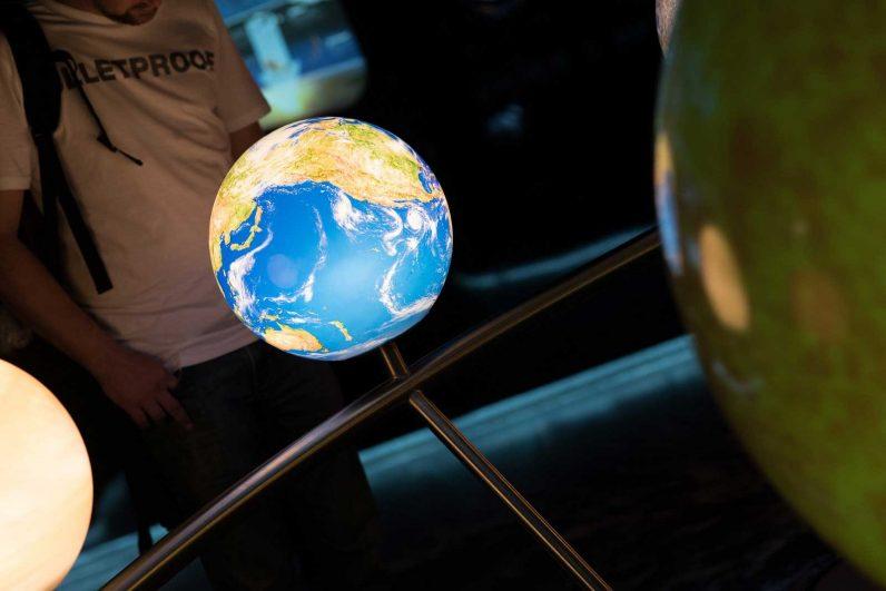 Globus im Haus der Natur
