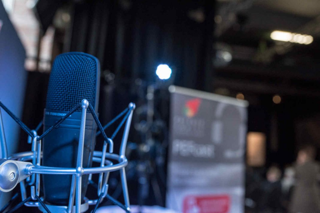 Mikrofon PEFcast